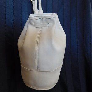 Vintage Coach Bixby Ivory Leather Sling Backpack